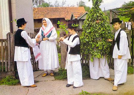 Đurđari obilaze selo